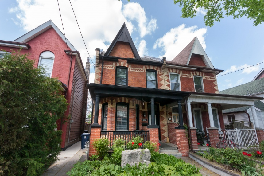 296 Euclid Avenue - Central Toronto - Little Italy