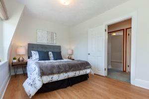 297 st helens avenue master bedroom 2