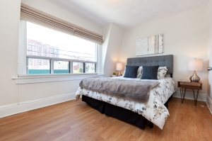 297 st helens avenue master bedroom