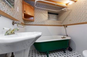 297 st helens avenue second bathroom