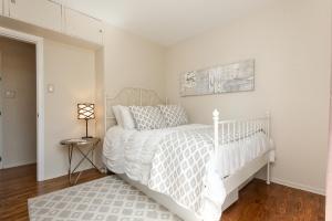 23 bedroom
