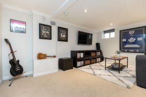32 runnymede road recreation room 02