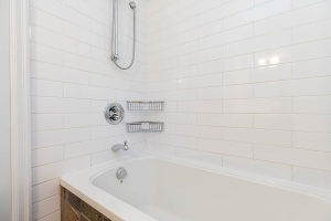 330 sorauren avenue bathroom 03