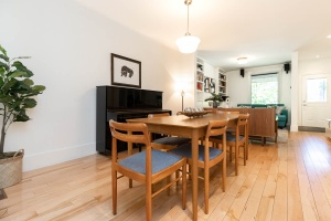 330 sorauren avenue dining room 01