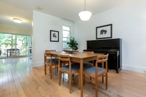 330 sorauren avenue dining room 02