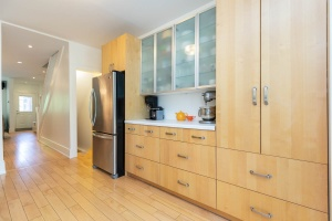 330 sorauren avenue kitchen 01