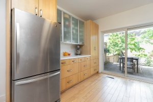 330 sorauren avenue kitchen 03