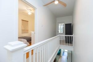 330 sorauren avenue stairs