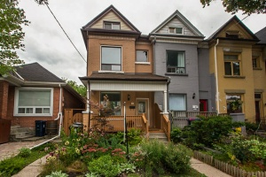 35 Hook Avenue - West Toronto - The Junction