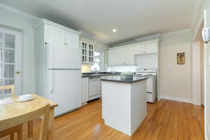 4 webb avenue kitchen 02