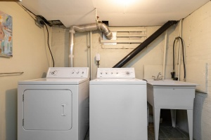 4 webb avenue laundry