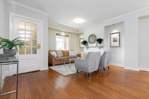 4 webb avenue living room 02