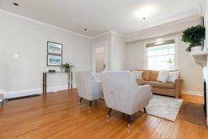 4 webb avenue living room 04