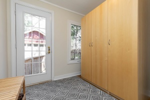 4 webb avenue mud room