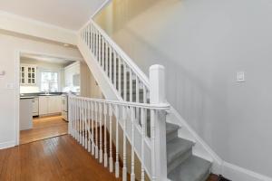 4 webb avenue stairs