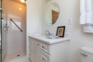 40 groomsport crescent bathroom 01