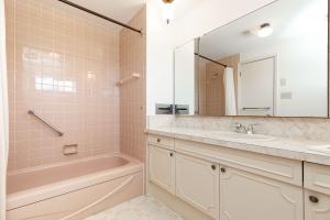 40 groomsport crescent bathroom 03