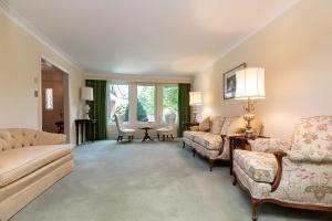 40 groomsport crescent living room 02