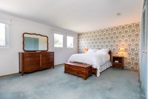 40 groomsport crescent master bedroom 01