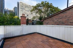 40 mcgill street balcony 01