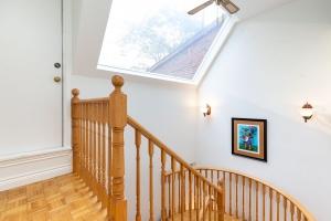 40 mcgill street stairs 02