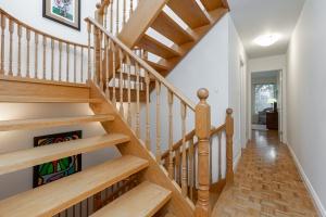 40 mcgill street stairs 03