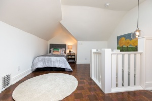 421 glenlake avenue bedroom 03