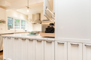 421 glenlake avenue kitchen 06