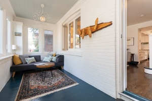 421 glenlake avenue sunroom 02