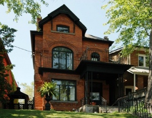 444 Shaw Street - Central Toronto - Little Italy