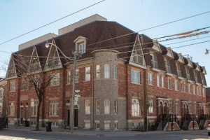 447C Queen Street East - Central Toronto - Downtown