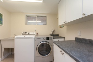 lower-laundry