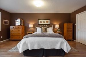 52 moorefield dr master bedroom