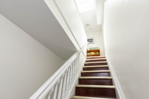 560_indian_grove_36_stairs