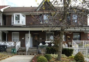 609 Delaware Ave - Central Toronto - Christie Pits
