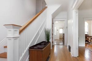 63 marion st entry hall