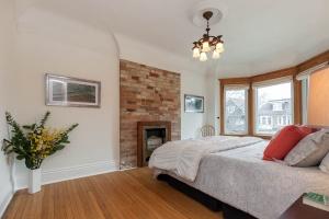 63 marion st master bedroom