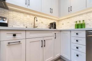 669_beresford_avenue_17_kitchen