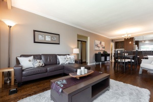 83 coney road living room 02