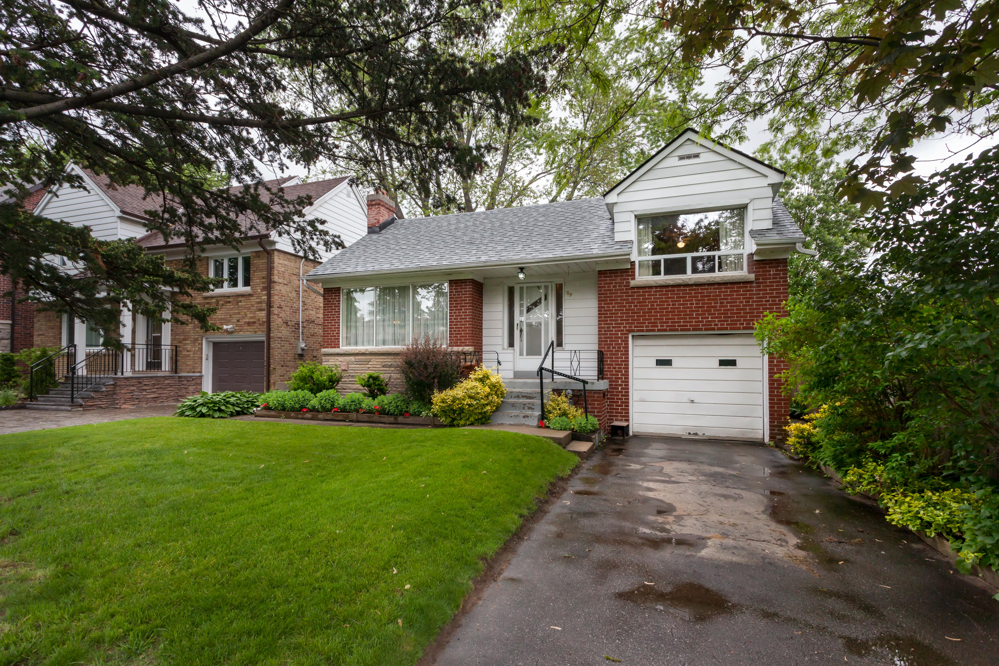 Toronto houses for sale and sold the julie kinnear team of toronto 89 eagle road west toronto sunnylea etobicoke solutioingenieria Image collections