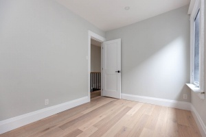 98 linnsmore cres 2nd room 4