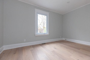 98 linnsmore cres 2nd room