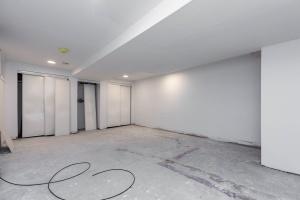 98 linnsmore cres basement