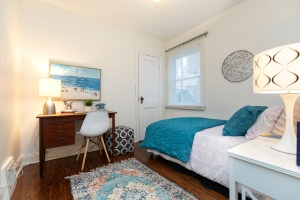 98 saint hubert avenue bedroom 01