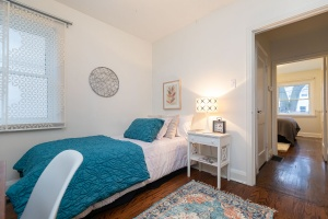 98 saint hubert avenue bedroom 02