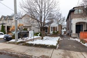 98 saint hubert avenue exterior 04