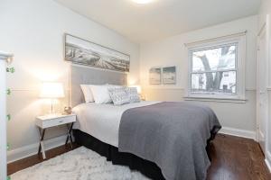 98 saint hubert avenue master bedroom 01