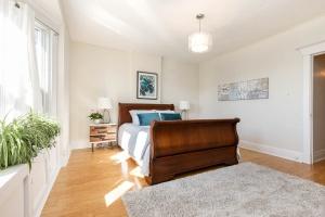 987_st_clarens_bedroom (1)
