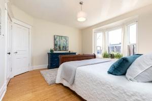 987_st_clarens_bedroom (3)