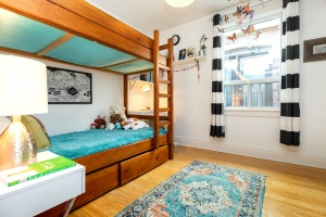 987_st_clarens_bedroom (4)